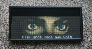CityLED_P4-face-bus-stop-display